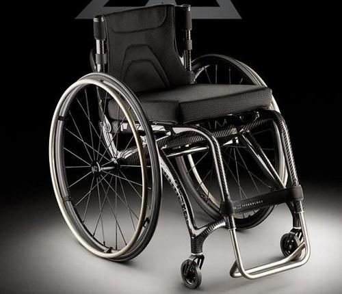 Foto da cadeira de rodas Panthera X