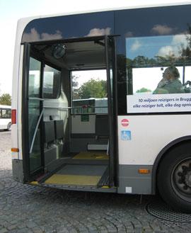 ônibus adaptado em Bruges