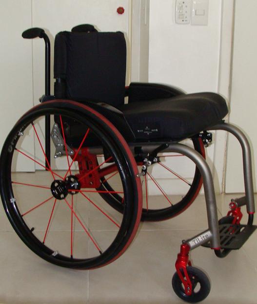 Cadeira de Rodas TiLite ZRA