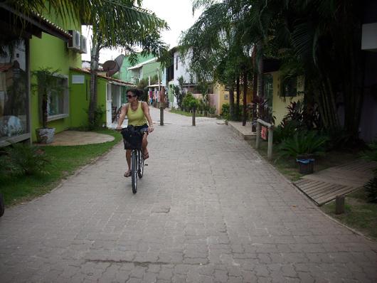 Ruas da vila da Praia do Forte
