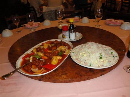 lombo empanado agridoce mais arroz chop suey